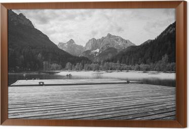 Rámovaný obraz na plátně Krásné scénické jezero jasna v létě, kranjska gora, slovinsko