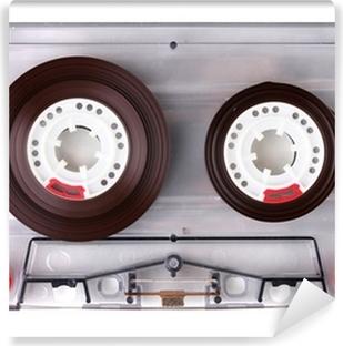 Papier Peint Autocollant Cassette audio avec l'étiquette de couleur isolé sur blanc