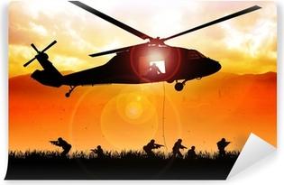 Papier Peint Autocollant Hélicoptère est à la baisse les troupes