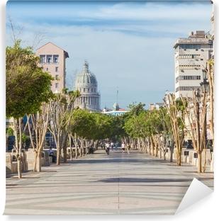 Papier Peint Autocollant Le célèbre boulevard du Prado à La Havane