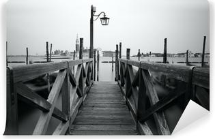 Papier Peint Autocollant Photo en noir et blanc de Venise front de mer