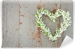 Papier peint vinyle Coeur en forme de fleur couronne de lilys de la vallée