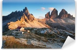 Papier peint vinyle Dolomites panorama de montagne en Italie au coucher du soleil - Tre Cime
