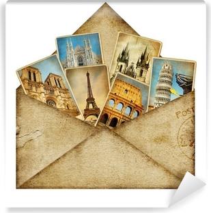 Papier peint vinyle Enveloppe vintage avec des cartes de voyage