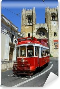 Papier peint vinyle Lisbon tram rouge