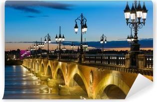 Papier peint vinyle Nuit d'été à Bordeaux