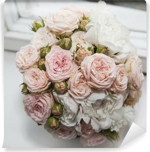 Papier peint vinyle Wedding bouquet de roses roses