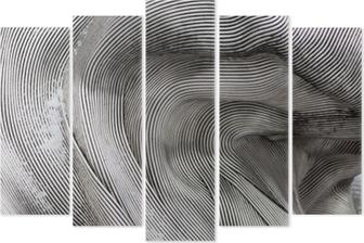 Pentaptychon Hintergrundtextur der glänzenden Metalloberfläche. Die gebogene Platte besteht aus Eisen.