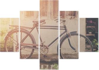 Pentaptyk Tappning cykel eller gammal cykel tappning park på gamla muren hem.