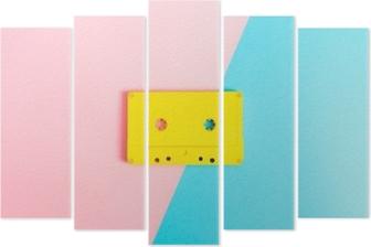 Pentaptyk Retro kasety na jasnym tle