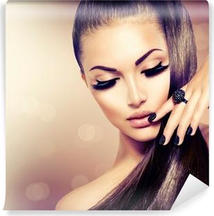 Kauneus malli malli tyttö pitkät terveet ruskeat hiukset Pesunkestävä Valokuvatapetti