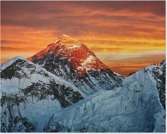 Aftenfarvet billede af Everest fra Kala Patthar Plakat