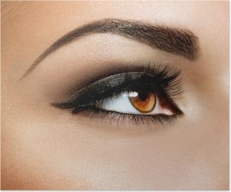Brown Eye Makeup. Øjne Make-up Plakat