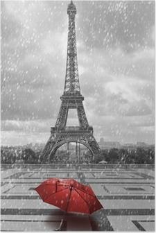 Eiffeltårnet i regnen. Sort og hvidt foto med rødt element Plakat