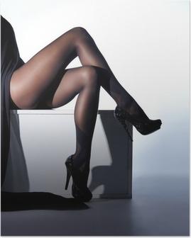 Plakat Sexy kvinnelige ben i sorte erotiske strømper og høye hæler