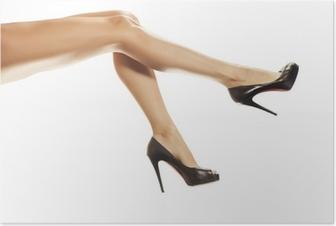 ac3e814169d Smukke kvindelige ben i røde sko isoleret på hvidt Plakat • Pixers ...