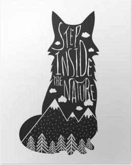 Vektor håndtegnet bogstaver illustration. Træd ind i naturen. Typografi plakat med ræv, bjerge, fyrreskov og skyer. Plakat