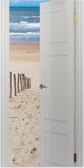 Plakat Białe drzwi - Droga do plaży -