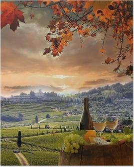 Plakát Bílé víno s Barell ve vinici, Chianti, Toskánsko, Itálie