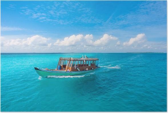 Plakát Dřevěná Maledivské tradiční dhoni člun za slunečného dne - Asie