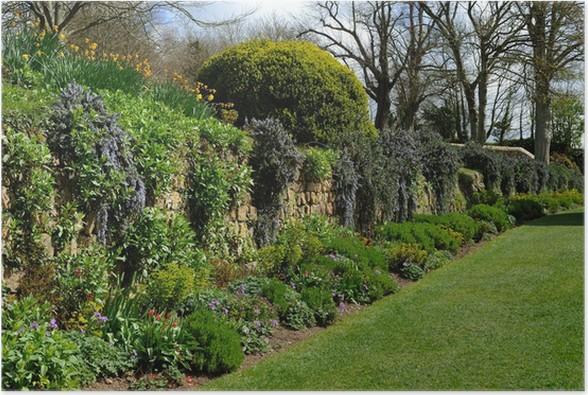 Plakát Krásná dospělá English obezděné zahrady na jaře. - Rostliny