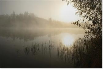 Plakat Poranna mgła nad jeziorem