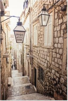Plakat Strome schody i wąska uliczka na Starym Mieście w Dubrowniku