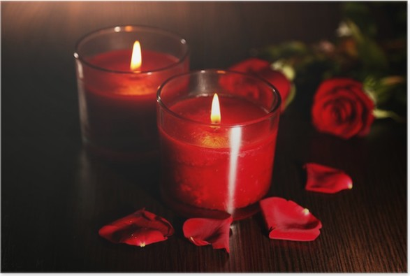 Camera Da Letto Romantica Con Candele : Poster belle candele rosse romantico con petali di fiori u2022 pixers