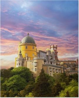 Poster Fairy Palace contro il cielo tramonto / Panorama del Palazzo di Sintra,