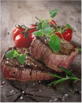 Poster Gegrillte Steaks grillen mit frischen Kräutern und Tomaten