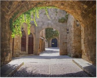 Poster Strada ad arco medievale nella città vecchia di Rodi, Grecia