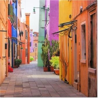 Poster Strada colorato a Burano, vicino a Venezia, Italia