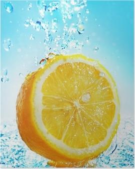 Poster Water splash on lemon