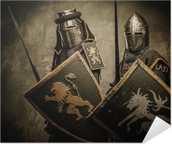 Póster Autoadhesivo Caballeros medievales en el fondo gris