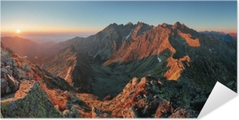 Póster Autoadhesivo Panorama del paisaje de la montaña del otoño