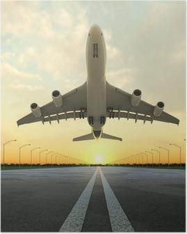 Poster Avion au décollage à l'aéroport au coucher du soleil