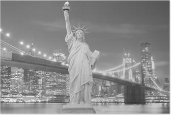 Poster Brooklyn Bridge en het Vrijheidsbeeld bij nacht
