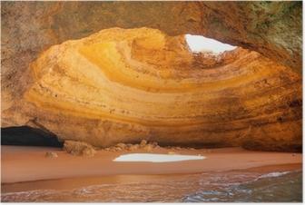 Poster Célèbre grotte à la plage en Algarve Benagil Portugal