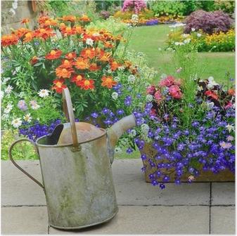 Poster Arrosoir et des outils dans le jardin • Pixers® - Nous vivons ...