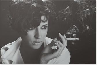prix plancher remise spéciale 60% de réduction Poster Film noir style: élégant jeune femme allongée sur le ...
