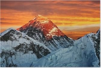Poster Evening färgad bild av Everest från Kala Patthar
