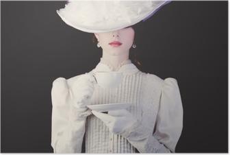 Poster Femme en vêtements blancs époque victorienne avec tasse de thé