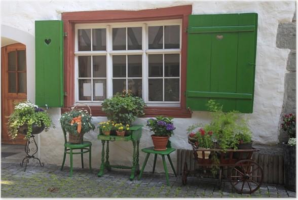Fenetre Rustique poster fenêtre rustique avec des volets verts et des pots de fleurs
