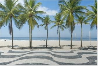 Poster Iconische stoeptegel patroon met palmbomen op het strand van Copacabana in Rio de Janeiro, Brazilië