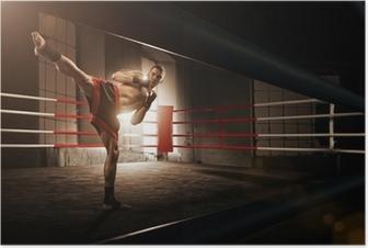 Poster Jeune kickboxing homme dans l'arène