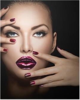 Poster Mannequinmeisje gezicht, schoonheid vrouw make-up en manicure
