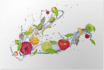 Poster Mélange de fruits dans les projections d'eau, isolé sur fond blanc