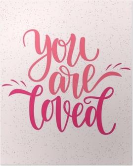 Poster Met de hand geschreven, je bent geliefde zin. vector kaart voor Valentijnsdag, 14 februari. vectorillustratie geïsoleerd op roze. borstel belettering ontwerp, klaar om af te drukken voor de dag van Sint Valentijn