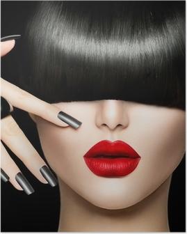 Póster Muchacha de la belleza del retrato con el estilo de pelo de moda, maquillaje y manicura