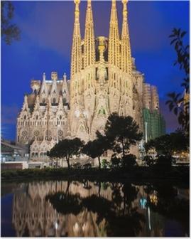 Poster Nacht uitzicht van de Sagrada Familia in Barcelona. Spanje